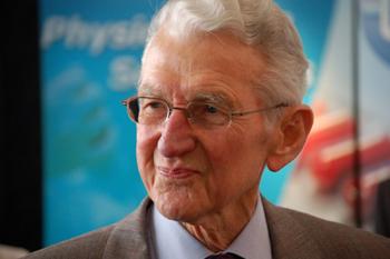 Dr. Maurice Jenaer, la Micro-Immunothérapie