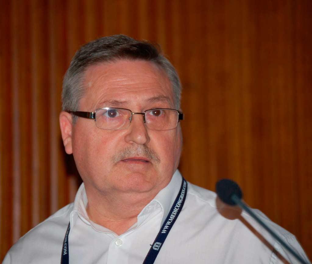 Dr Rigoberto López. Pédiatre dans plusieurs Centres de Santé de Valence